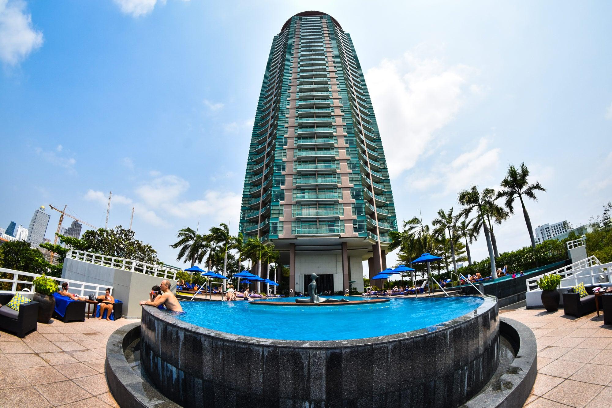 Pool im Chatrium Bangkok