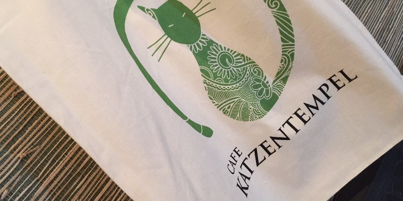 Erlebnis Cafe Katzentempel in München